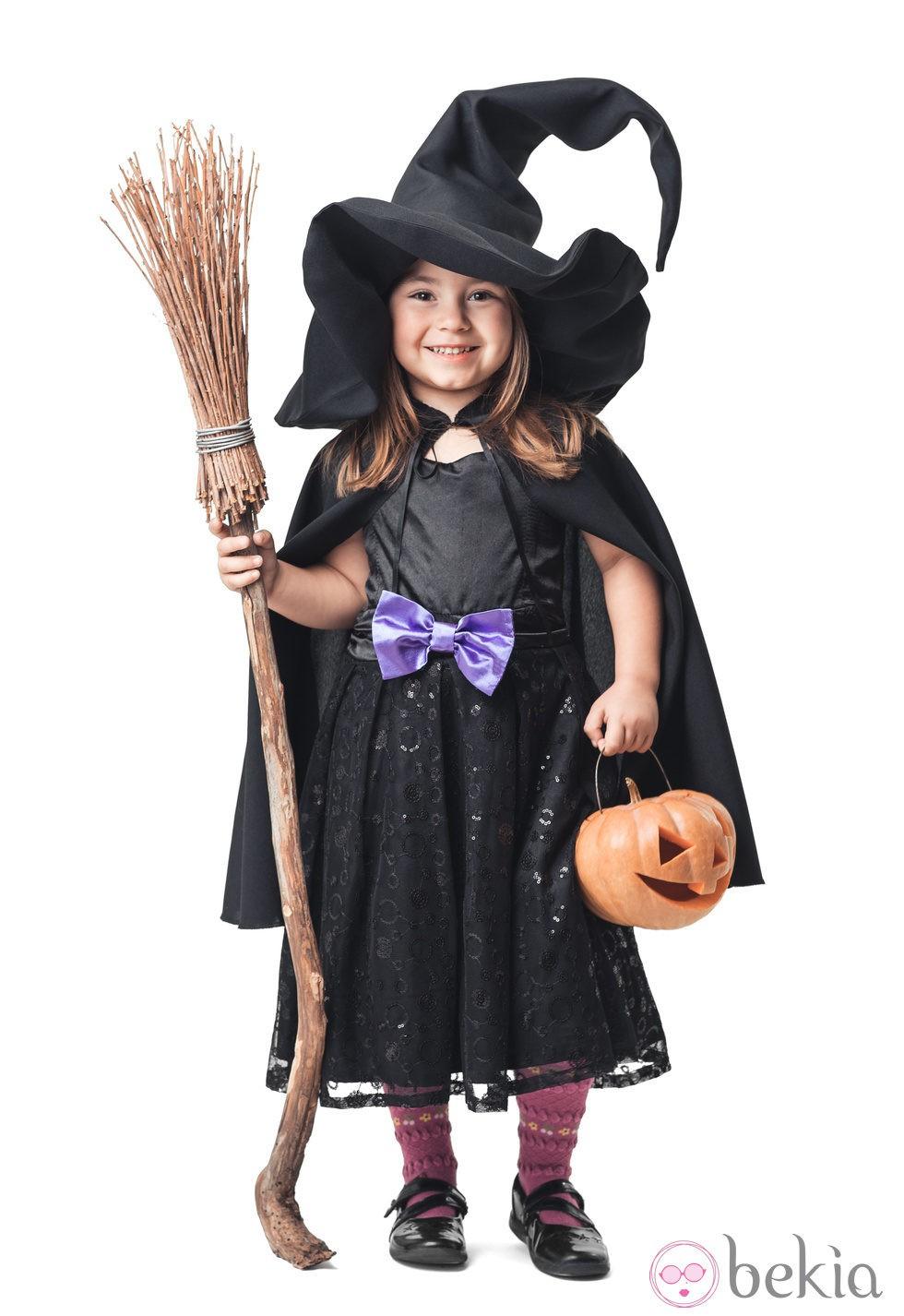 Disfraz de bruja para halloween disfraces de ni os para halloween en bekia padres - Como pintar a una nina de bruja para halloween ...