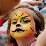 Maquillaje de león para niño en Halloween