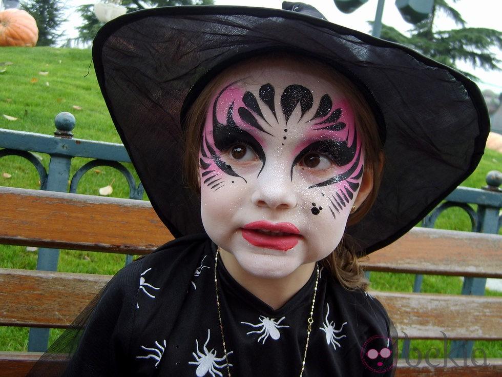 Anterior Maquillaje de bruja para niña