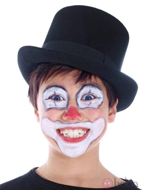 Maquillaje de payaso clásico para niños