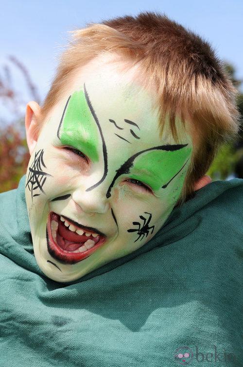 Maquillaje de duende verde de Halloween