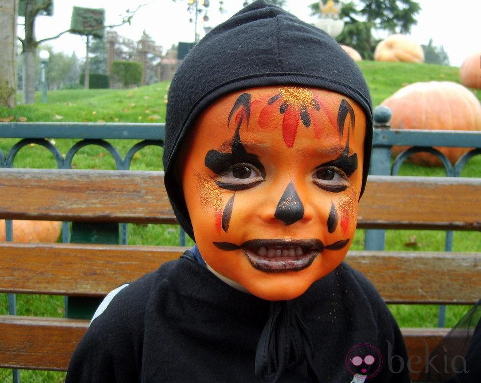 maquillaje naranja para bebs de halloween