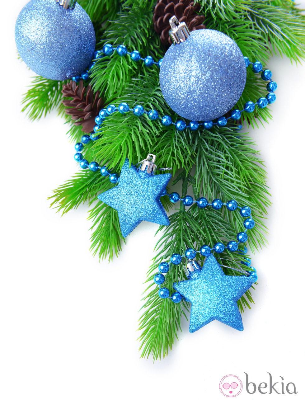 Rbol de navidad decorado en color azul ideas para - Arboles de navidad decorados 2013 ...